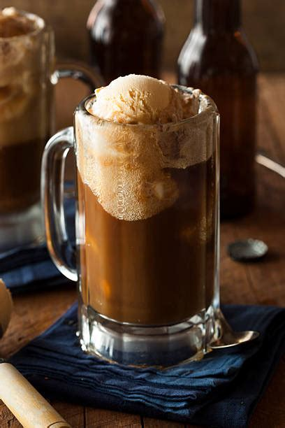 Root Beer Float Stock Photos, Pictures & Royalty-Free