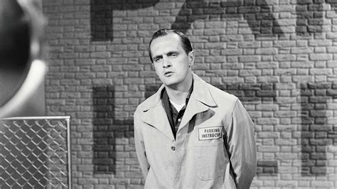 Bob Newhart Nabbed a Golden Globe for His First TV Show in