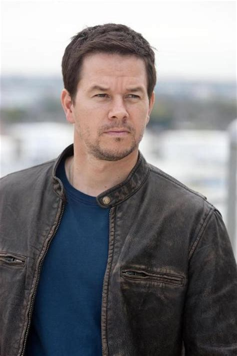 Mark Wahlberg Workout Routine - Celebrity Sizes