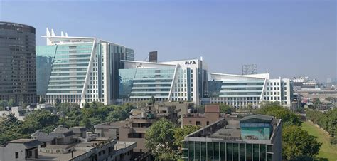 14 MNCs leases private office space with Skootr in DLF